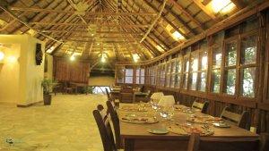 Kibumba tented camp dinner