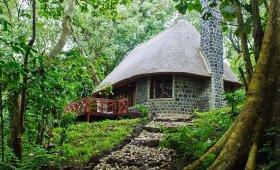 Mikeno Lodge outside view